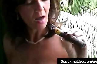 Smoking Hot Cougar Deauxma Bangs Her Cunt &amp_ Ass With A Cigar