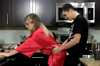 Mom gets Breakfast Creampie from Son