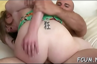 Slut knows how to suck a schlong