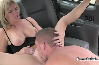 Dude pounds big booty female taxi driver